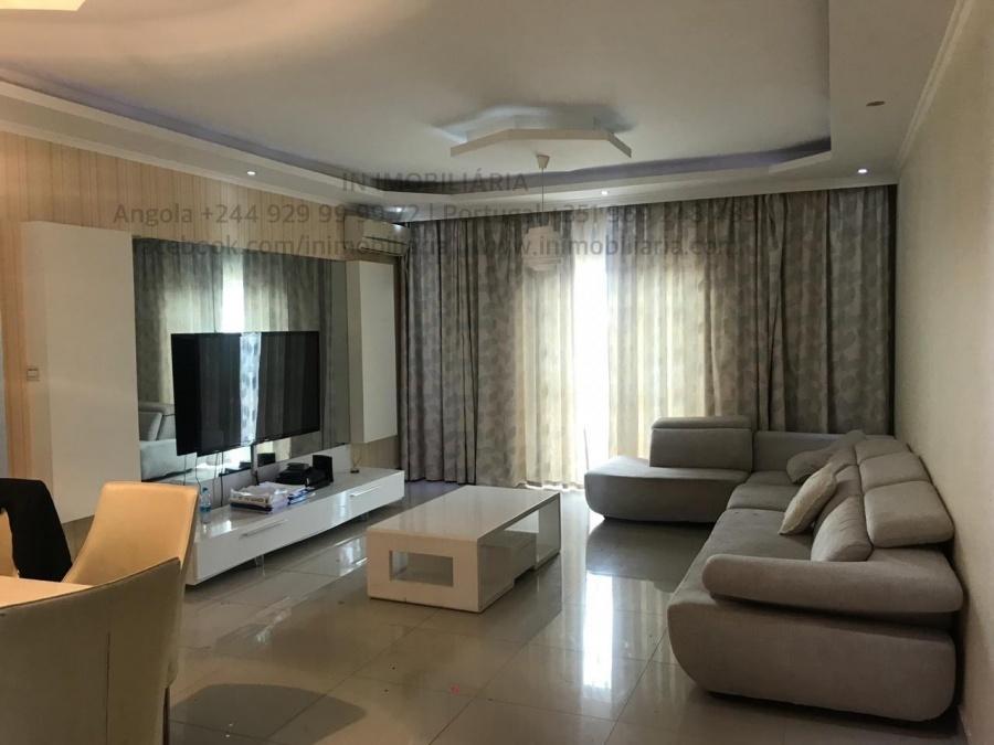 Apartamento T5 em Centralidade do Kilamba - Angocasa